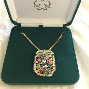 Jewelry - Princess Grace Flower Brooch Pendant Necklace